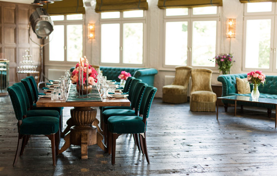 soho house berlin tafel mit deko