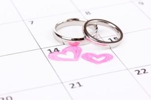 Hochzeitsdatum im Kalender markiert.