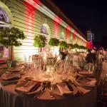 große orangerie schloss charlottenburg terrasse bei nacht