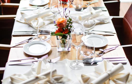 Patio Restaurantschiff Hochzeitstisch