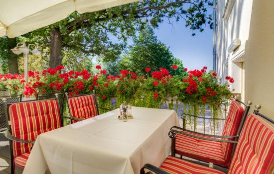 Restaurant Terrasse im Seehotel Großräschen